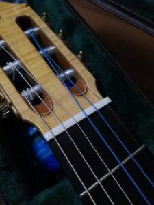 1弦だけディアマンテ、ほかはマエストラーレ