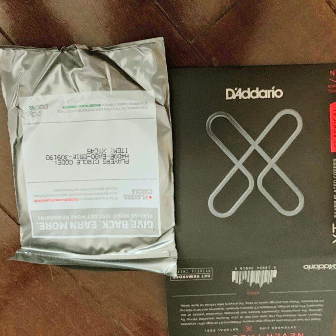 ダダリオのXTC45のパッケージ中
