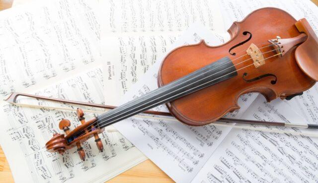 ギターとバイオリンの違い