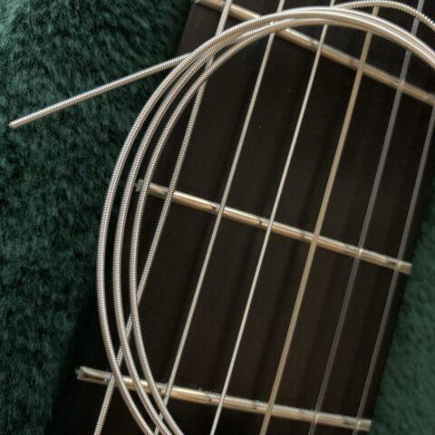 各弦メーカーのクラシックギター用の製品一覧