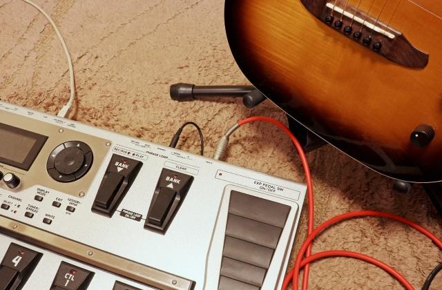 クラシックギターに穴をあけずにピックアップをつける